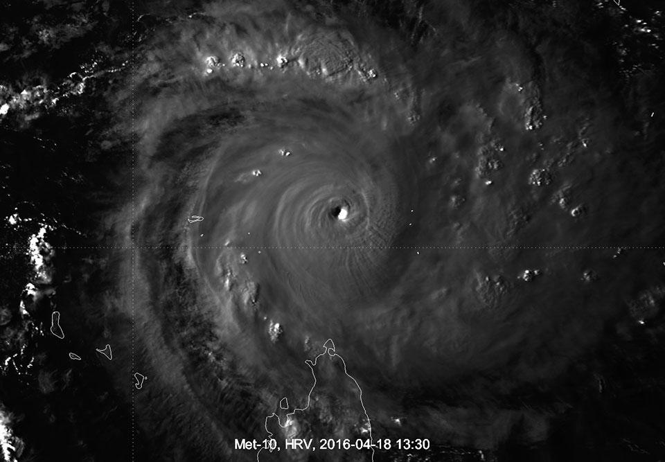Meteosat-10 HRV image, 18 April 13:30 UTC