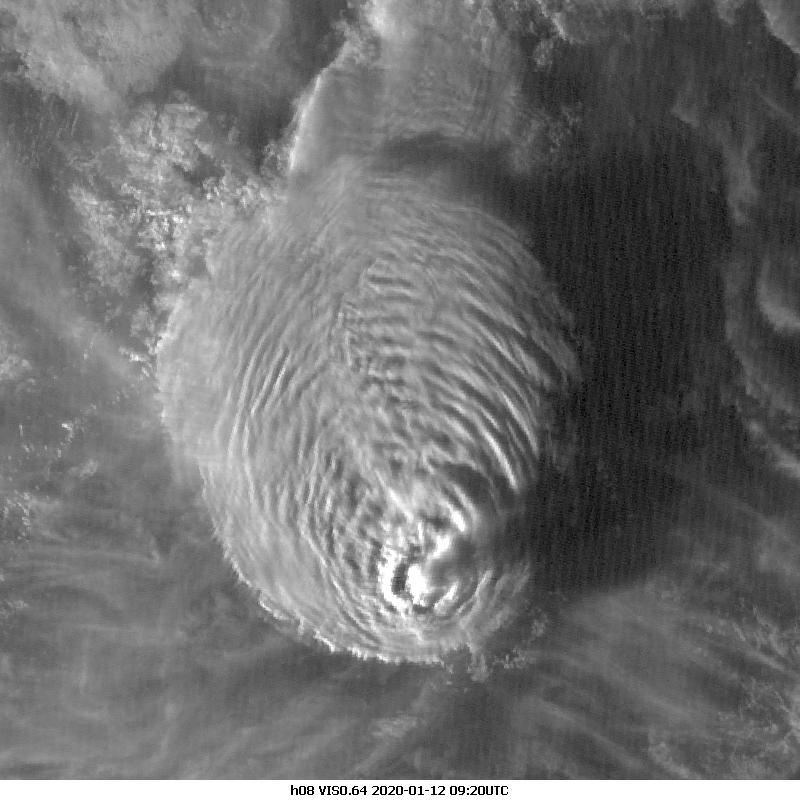 Himawari-8 VIS0.64, 12 Jan 09:20 UTC