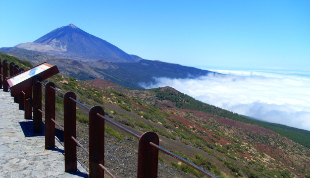Typical cloud conditions in Gran Canaria (AKA the donkey's belly)