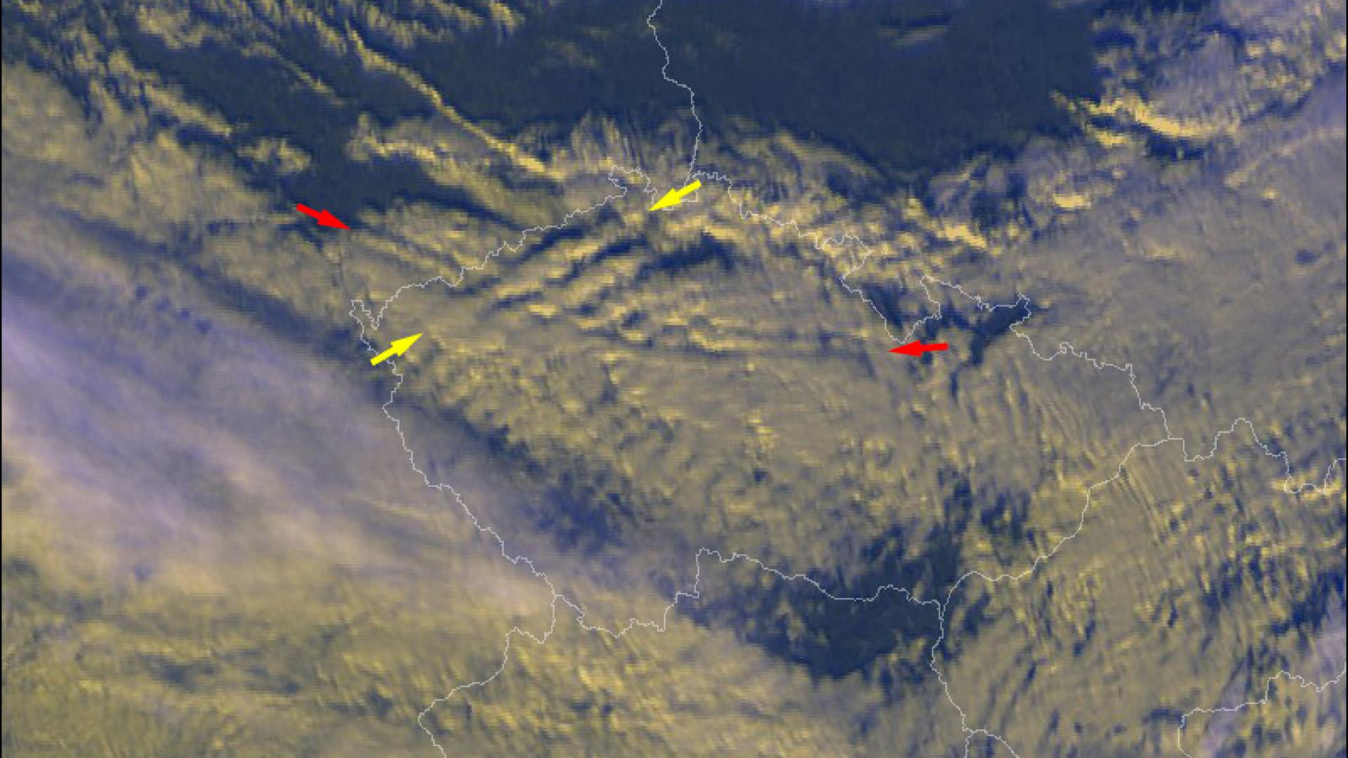 Lee and gravity waves above the Czech Republic