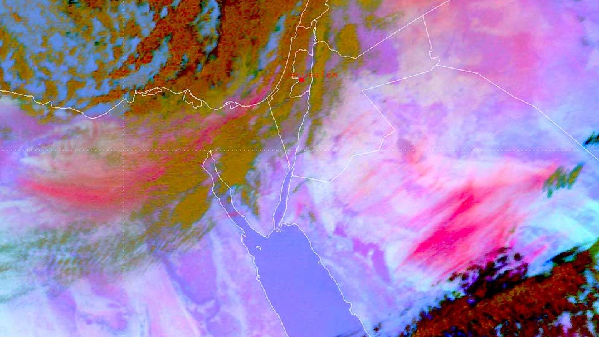 Large sandstorm covers swathes of the Middle East