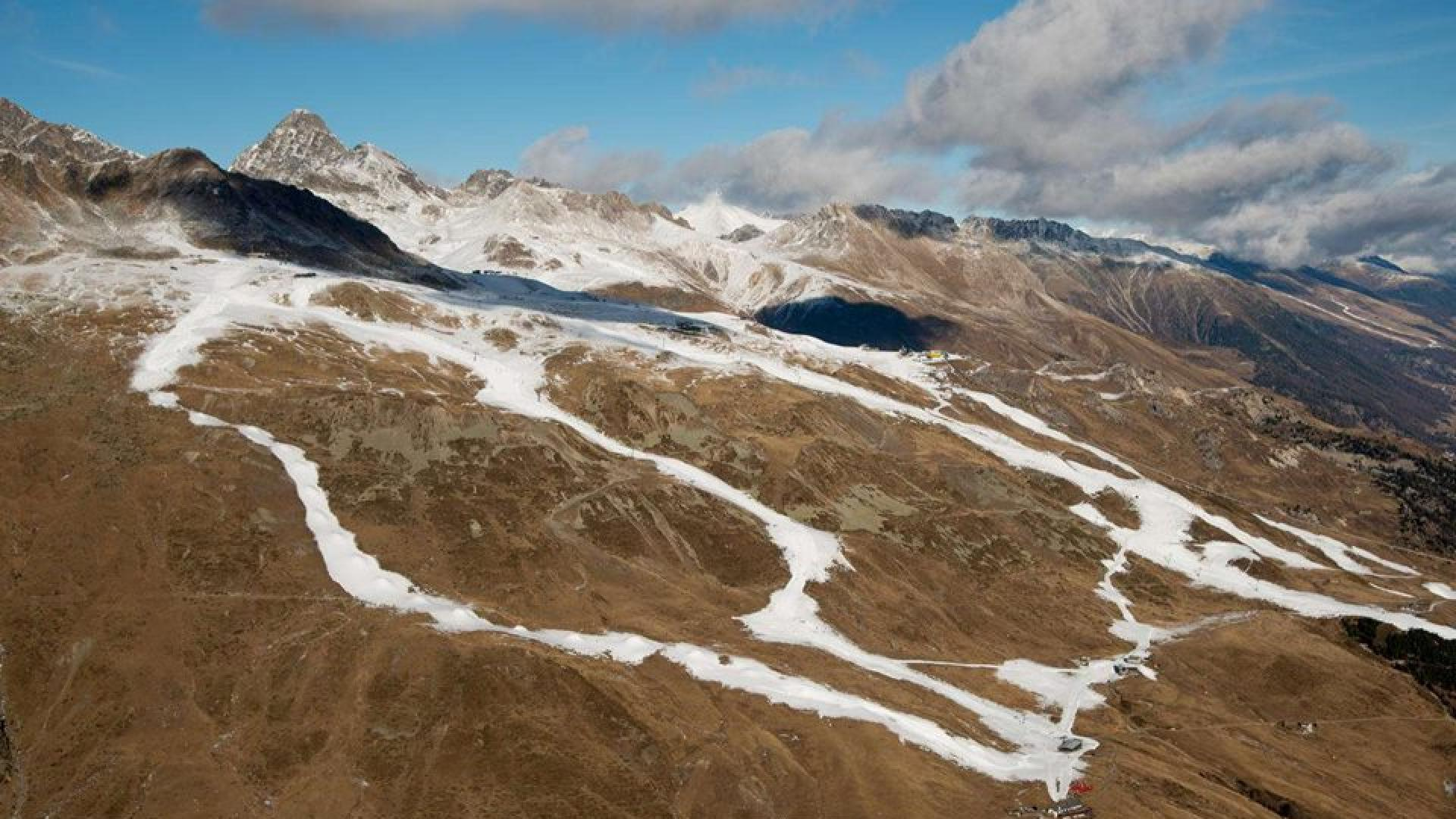 Extremely warm and dry December in the Alps