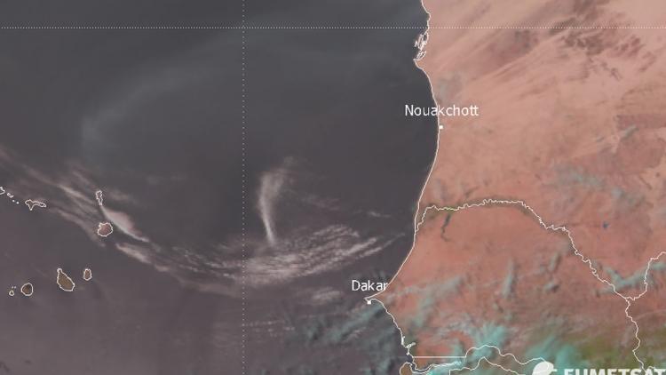 Undular bore off Mauretania