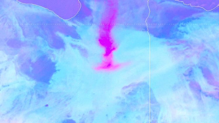 Unusual dust plume over Libya