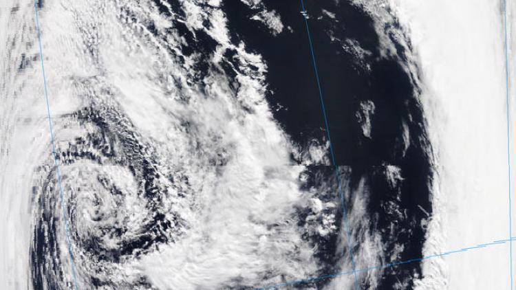 Explosive cyclogenesis in the Río de la Plata and Atlantic Ocean