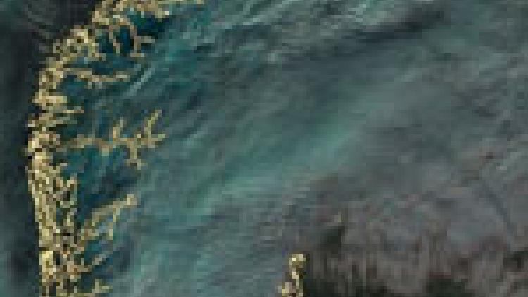 Waves on cloud tops in Norway