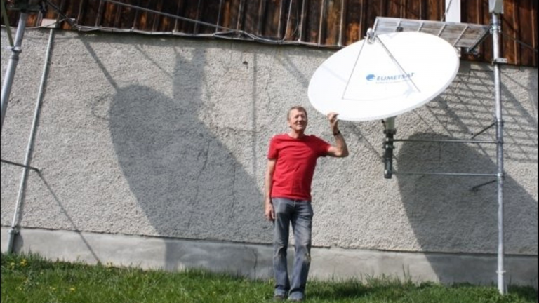 Paul Geissmann with his satellite dish