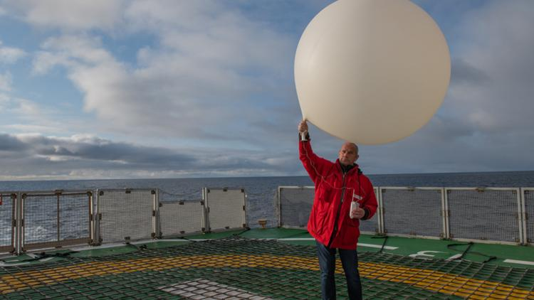 Life as a weather technician on board the Polarstern