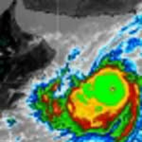 Category 4 tropical cyclone Gonu hits Oman