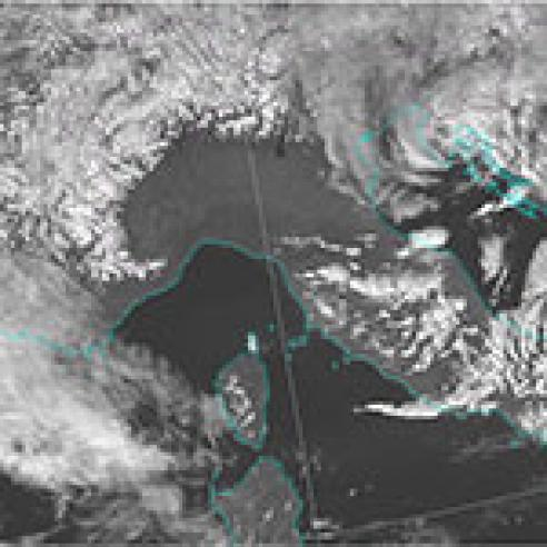 Widespread lee waves over Southern Europe and the Mediterranean Sea