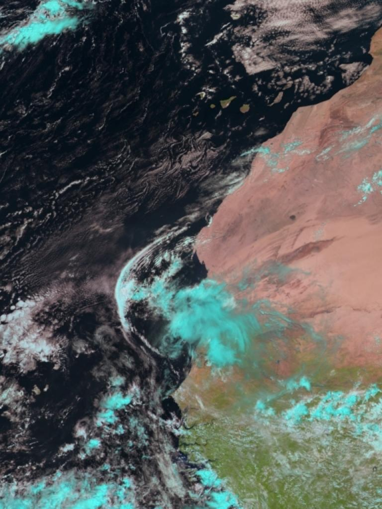 Outflow from convective storm, Mauritania and adjacent Atlantic Ocean