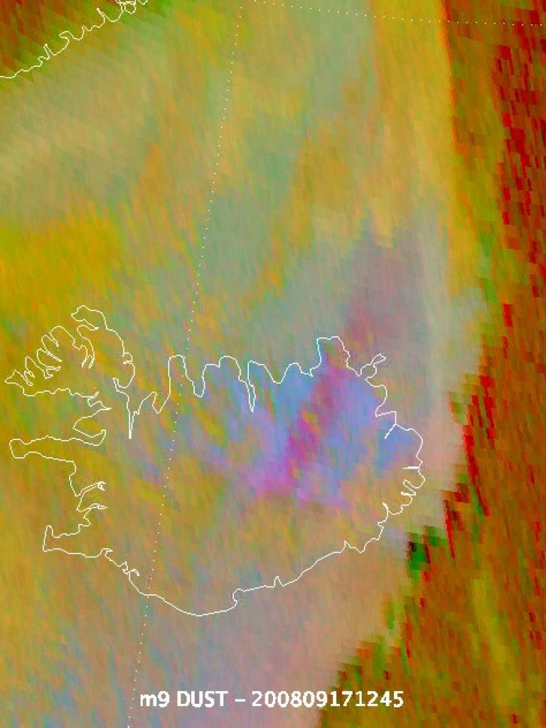 Remarkable dust cloud over Iceland