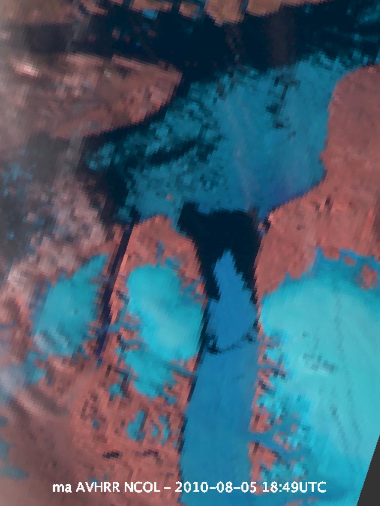 Large iceberg breaks off Petermann Glacier